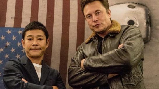 Yusaku-Maezawa-and-Elon-Musk-1
